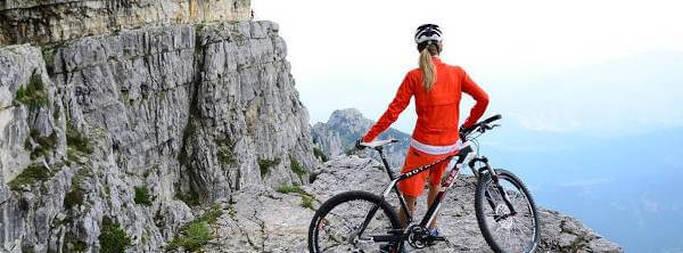 Mountain biking i bjergene