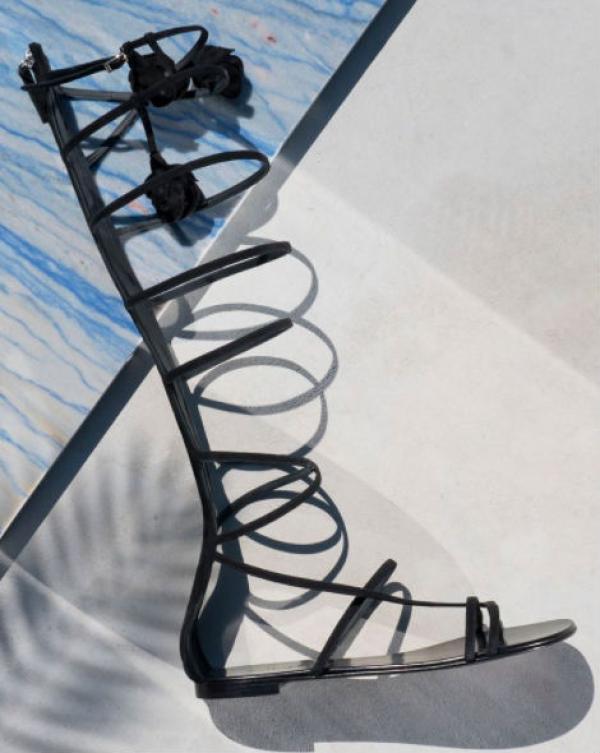 Gladiator-inspirerede sandaler fra Giuseppe Zanotti.