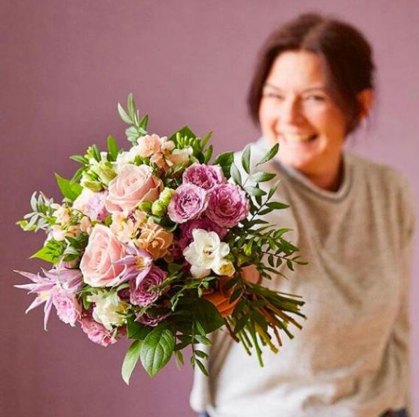 Blomster giver glæde hos Euroflorist.