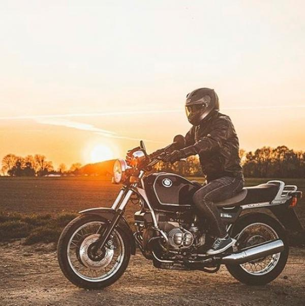 Udstyr til motorcykelentusiaster hos Motoin.